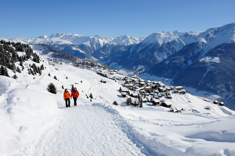 Winterwandern über Ried © TVB Aletsch Arena