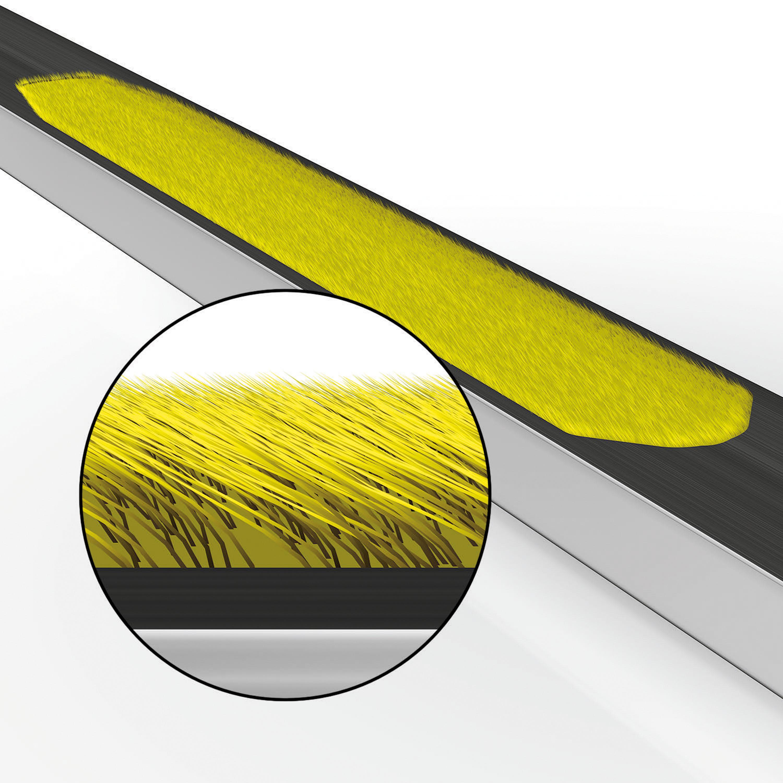 Skintec-Skier:Fellstreifen direkt im Belag direkt unter dem Bindungsbereich integriert garantieren guten Grip beim klassischen Laufen und hohe Dynamik beim Gleiten bergab ohne störende Nebengeräusche wie beim Schuppenski. © Salomon