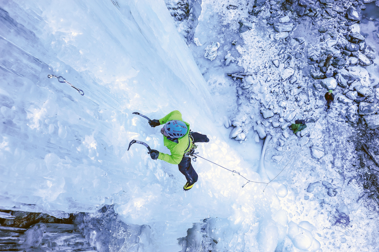 Eisklettern: Faszination vertikal © Berti Kropac