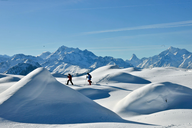 Schneeschuhtour vor dem Matterhorn © Aletsch Arena