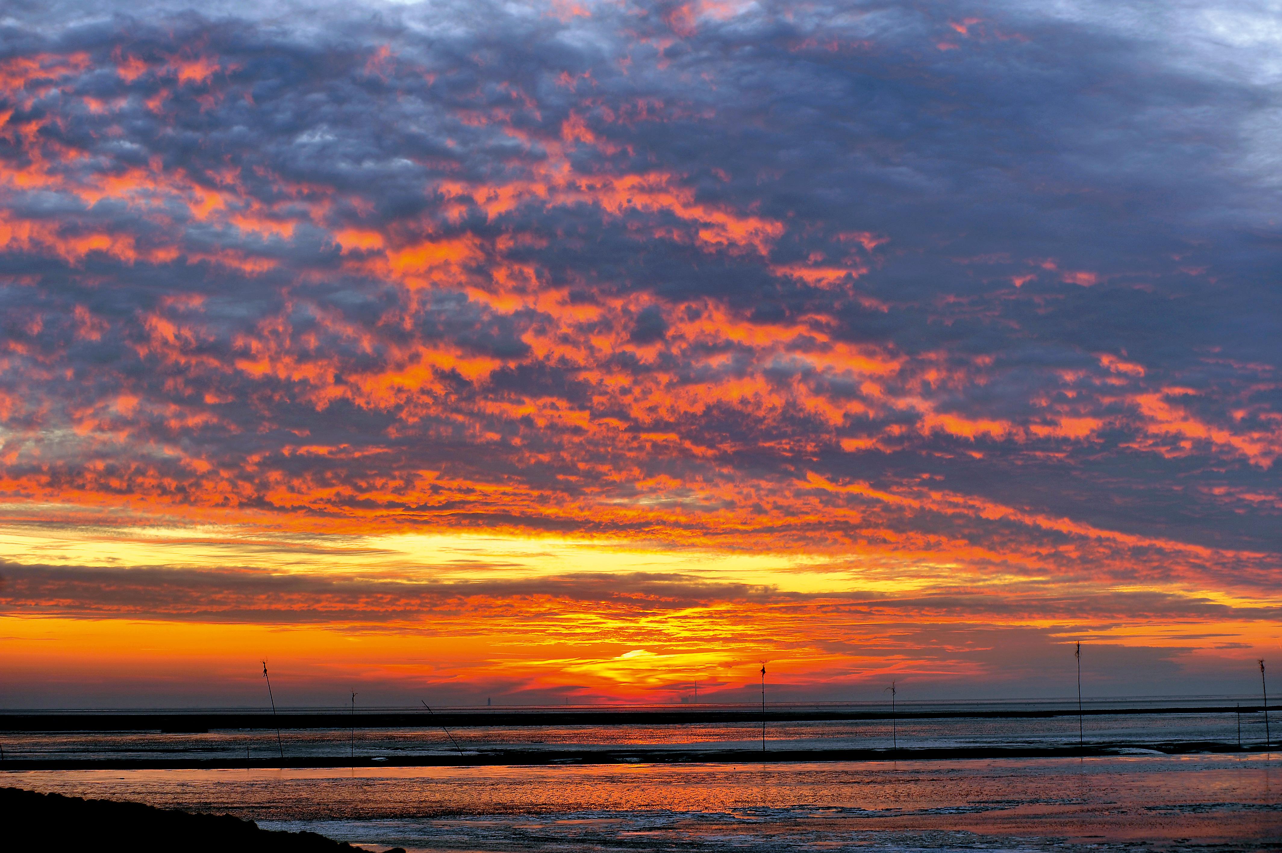 Die Sonnenuntergänge an der Nordsee sind fast täglich ein grandioses Schauspiel. © Beate Ulich / Die Nordsee GmbH
