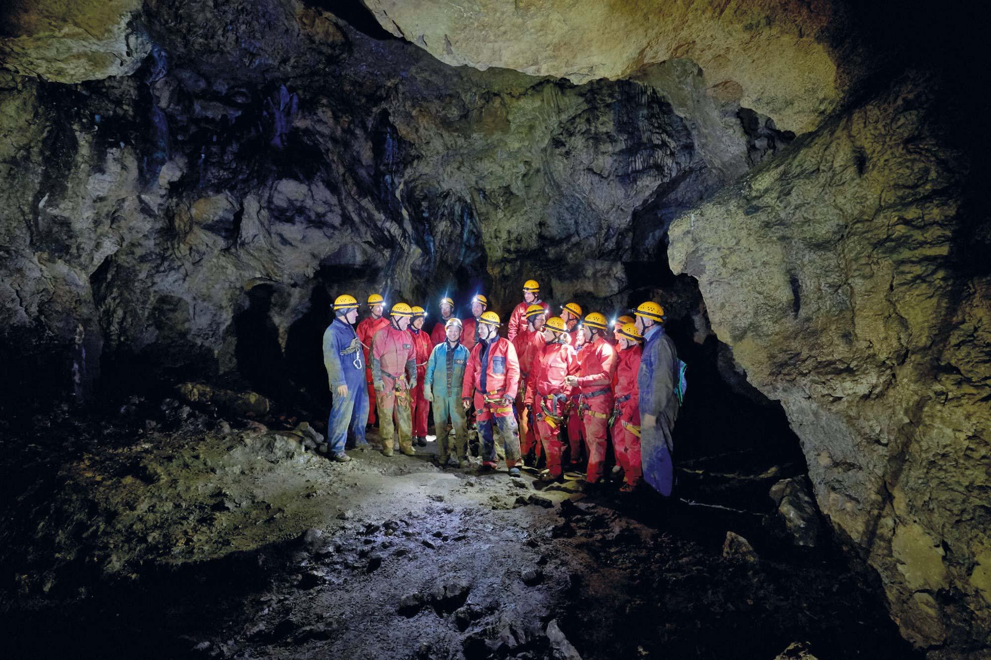 Einblick in die Höhle ohne Namen © Brey Photography