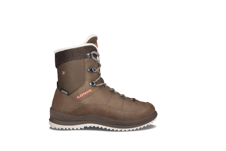 Lowa Calcetina GTX Mid Gut besohlt! Wenn man auf einer Reise nur ein paar Schuhe dabeihaben will, muss man sich auf sie verlassen können. Mit diesem Leichtwanderschuh ist der Nachwuchs bestens präpariert. Laufen müssen sie aber selber ... Gr. 25-35: 99,95 Euro; Gr. 36-40: 109,95 Euro
