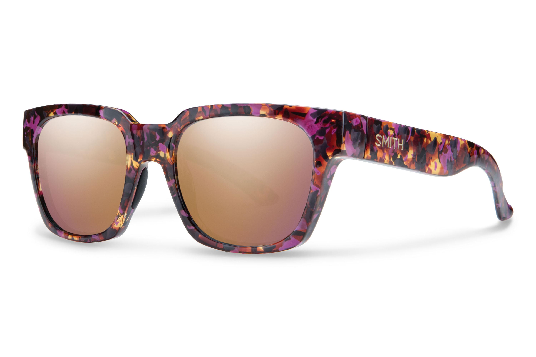 Smith Comstock Sonnenbrille Einfach cool! Für die sonnigen Wintertage, wenn die Augen Schutz brauchen und der Tag Stil. Das Gestell aus umweltfreundlichem Kunststoff – aus erneuerbaren Rizinuspflanzen – trägt sich auch bei Kälte angenehm. 169,00 Euro